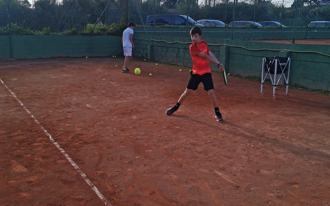Gran presencia del Club de Tenis Plentzia en el XXIX Abierto de Semana Santa de Castro